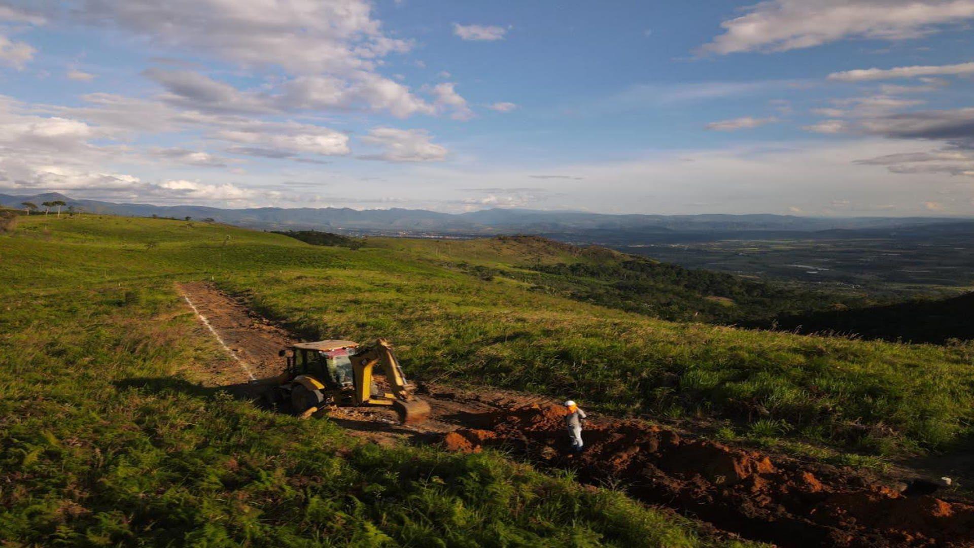 Construcción del camino central